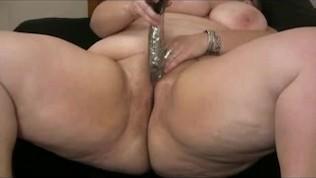 My seductive big big girl chunky ex gf masturbating her shaven muff